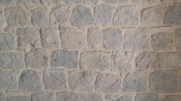 fugiranje-kamena-slika-126831271 Tradicionalni prozorski okviri