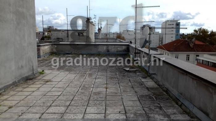Kako pristupiti obnovi ravnog krova starih zgrada?